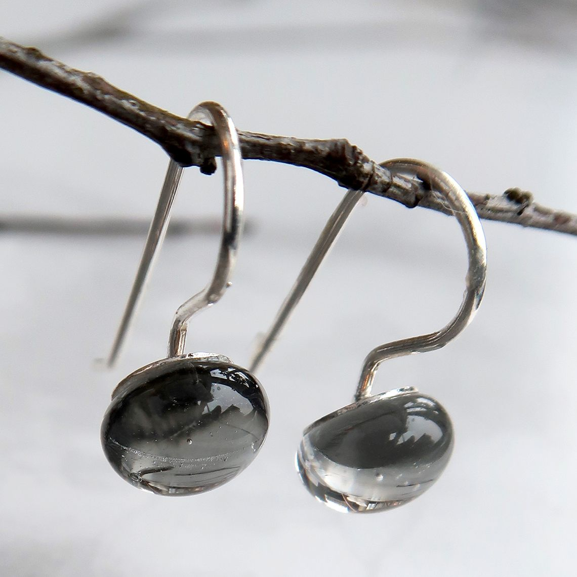 Limpid earring Drops Grey